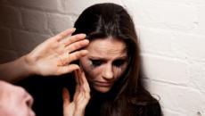 Violência contra a mulher e LGBTs cresce no país, diz anuário