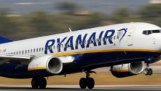 Irlanda, passeggera velivolo ubriaca inveisce contro personale di bordo: arrestata