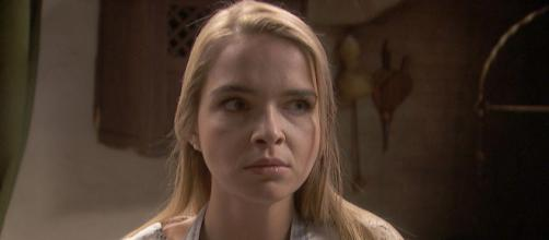 Anticipazioni Il Segreto 14 settembre: Antolina continua a tramare contro Elsa.