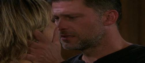 Days of Our Lives: Eric and Nicole in love - @amy_ekerr Twitter