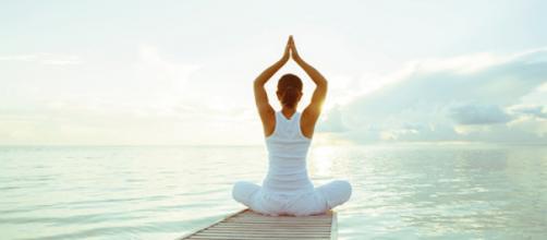 El hatha yoga deja importantes beneficios en el organismo. - siemprepresenteonline.com