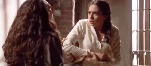 Il Segreto, trame: Antolina assolda una carcerata per picchiare Elsa in carcere