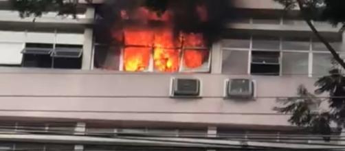 Incêndio vitimou 11 pessoas. (Reprodução/Redes Sociais)