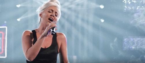 Lidia Schillaci imita Lady Gaga a Tale e quale show