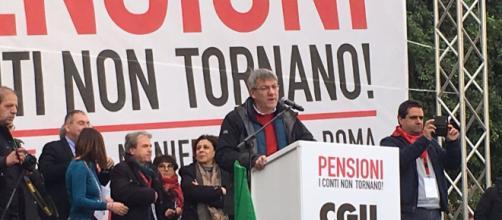 Pensioni, Landini (Cgil): 'Il problema non è Quota 100 ma cambiare legge Fornero'