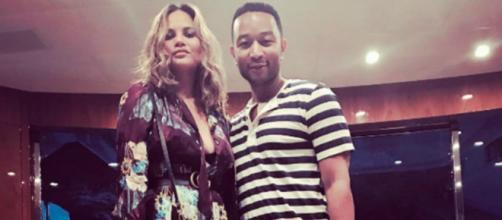 90 Day Fiance fans agree jokingly that John Legend, Chrissy Teigen hooked on TLC. [Image credit: Instagram/@@chrissyteigen]