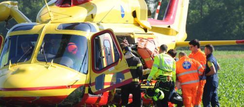 Calabria, motociclista di 24 anni muore in un incidente stradale