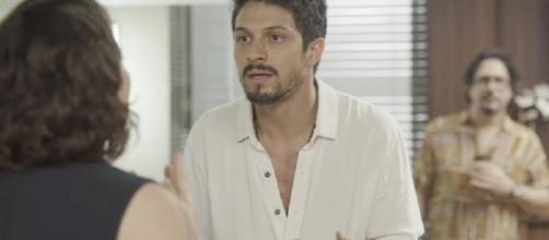 Marcos defende Paloma da acusação de Diogo e enfrenta Nana. (Reprodução/ TV Globo)