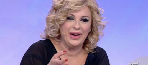 Anticipazioni Uomini e donne, Over: nessuna buona notizia per la bilancia di Tina Cipollari