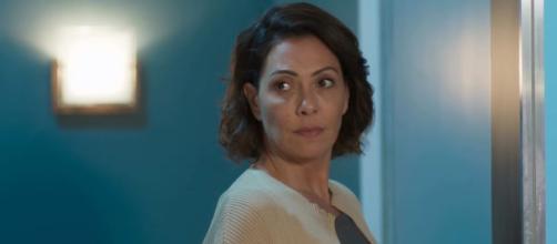 Nana descobre que está grávida, mas não sabe quem é o pai. (Reprodução/TV Globo)