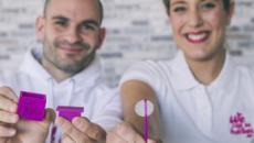 La asociación 'We can be heores' crea un chupa-chups de hielo para la quimioterapia