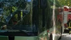 Pescara, incidente autobus Tua: parzialmente amputata la gamba della 17enne ferita