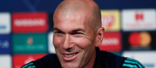 Hazard tendrá un futuro formidable en el Real Madrid según Zidane