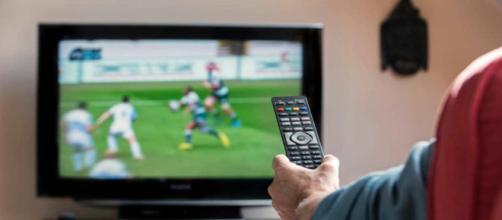 IpTv pirateria tv, arresti e sanzioni anche per gli utenti