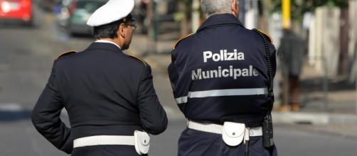 omune Napoli, concorso per 96 Agenti di Polizia: domande fino al 4 ottobre