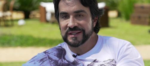 Personal é confundido com padre Fábio de Melo. (Reprodução/TV Globo)