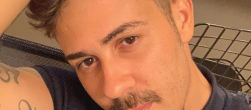 Felipe Neto foi um dos internautas a criticar Carlinhos. (Reprodução/Instagram/@carlinhosmaiaof)