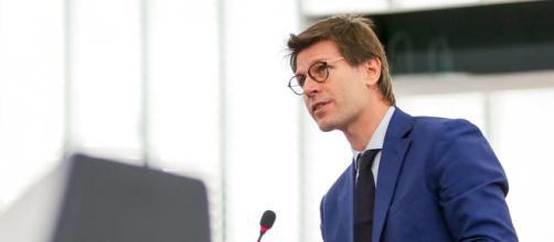 L'europarlamentare M5S Ignazio Corrao scarica la Lega di Salvini