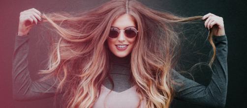 Muitas pessoas acreditam que cortar o cabelo em determinada fase da Lua faz com que ele cresça mais (Reprodução/Pixabay)