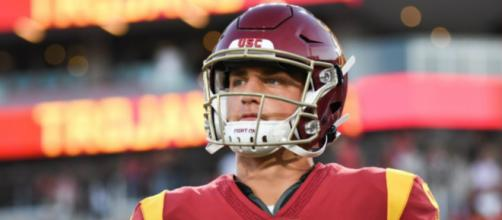 USC QB JT Daniels has torn ACL, is out for the season. [Image credit: Twitter/@jtdaniels06]