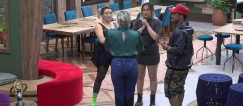 'A Fazenda 11': edição exibe briga entre Andréa Nóbrega e Tati Dias. (Reprodução/ RecordTV)