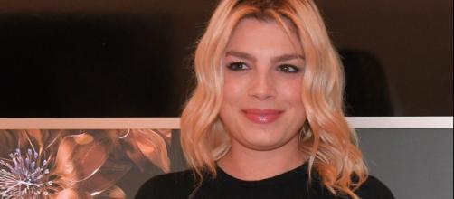 Emma Marrone: 'Mi devo fermare per un problema di salute, andrà tutto bene', fan preoccupati.