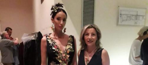 Graziella Citroni e il suo abito in stile orientale al Congresso di Alta Sartoria di Verona.