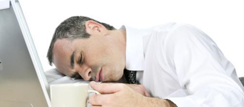 Más del 70% de los españoles se sienten cansados.