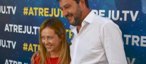 Pensioni, Salvini: 'Se rimettono in piedi la Fornero non li facciamo uscire dal Parlamento'