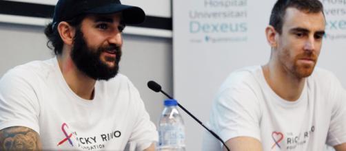 Ricky Rubio y Víctor Claver durante la presentación de la nueva sala.