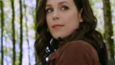 'When Calls the Heart's' Erin Krakow shares a photo that proves the eyes have it