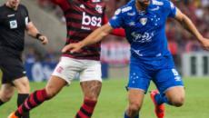 Cruzeiro busca sair da zona de rebaixamento contra líder Flamengo