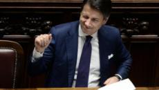 Carige salva, protesta social contro Conte: 'Sempre prima immigrati e banche'