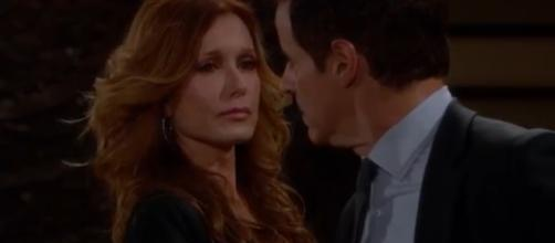 Michael confesses to Lauren.(Image Source:The Young and the Restless-YouTube.)