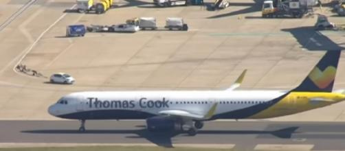 Thomas Cook collapse leaves 600,000 customers stranded. [Image source/Sky News Australia YouTube video]