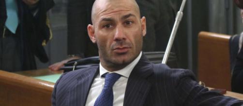 Il figlio maggiore di Umberto Bossi denunciato per insolvenza da un ristoratore
