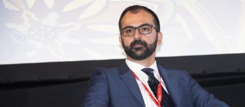 """Lorenzo Fioramonti: """"l'autonomia nella scuola non si fa"""""""