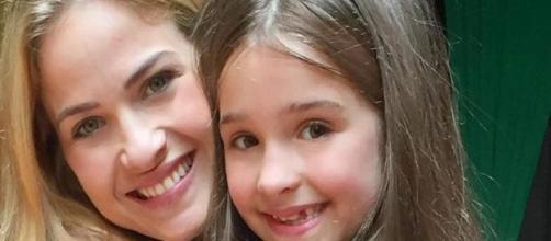 Luiza Valdetaro fez duro desabafo sobre o momento vivido pela filha. (Reprodução/ Instagram/ @luizavaldetaro)