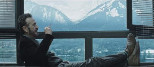 Rocco Schiavone, il 2 ottobre parte la terza stagione: il commissario rimarrà solo