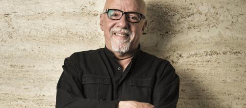 """""""Vou perder leitores"""", afirma Paulo Coelho. (Arquivo Blasting News)"""