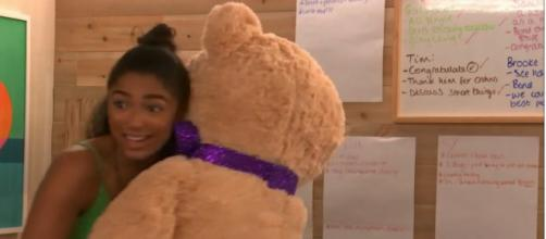 Geogina finds love in The Circle with a giant teddy named Gus (Image credit: The Circle/4od)