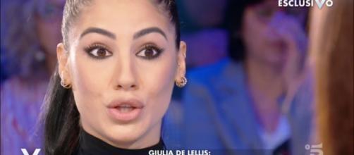Giulia De Lellis: il suo libro che racconta i tradimenti dell'ex Andrea Damante è campione di vendite.