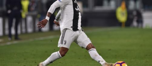 Juventus, infortunio Douglas Costa: difficile il recupero per l'Inter