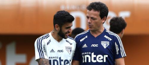 Fernando Diniz vai estrear neste sábado (28). (Reprodução/Twitter/@SãoPauloFC)