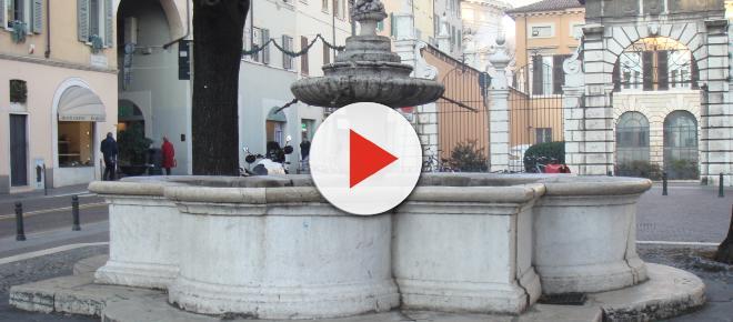 Brescia: pensionato pulisce e ripara fontana storica, i vigili lo multano