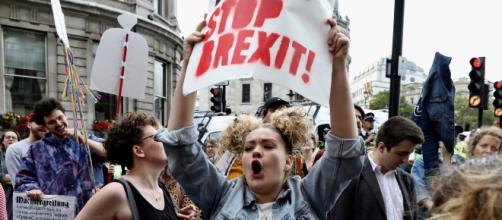 Campaña informativa para que los británicos se preparen ante el 'brexit duro'
