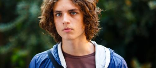 Anticipazioni Un posto al sole del 30 settembre: Vittorio non viene informato della scoperta di Alex
