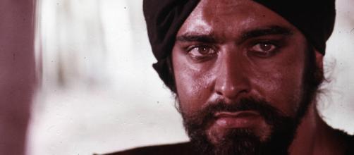 Casting per un film con Kabir Bedi