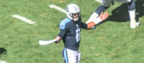 Marcus Mariota threw three touchdown passes in the first half on Sunday. [Image Source: Flickr | Erik Drost]