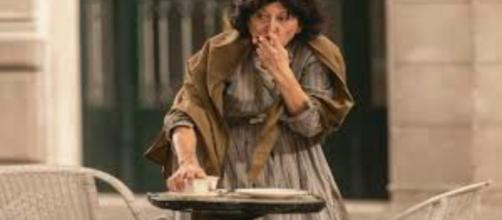 Una vita, trama del 1 ottobre: Ursula torna ad Acacias e fa la mendicante